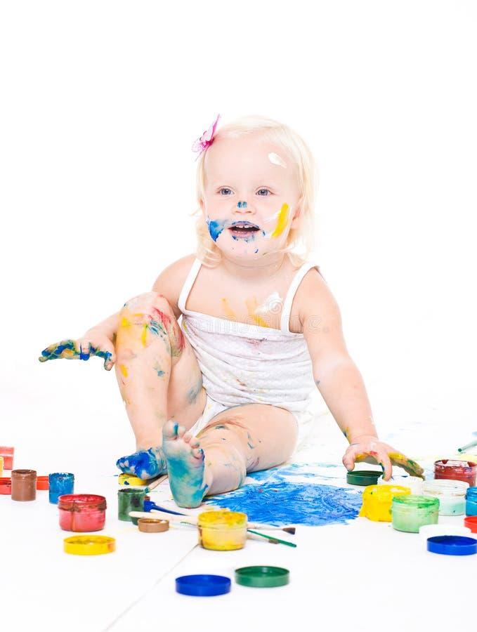 Besmeurd meisje met heldere kleuren royalty-vrije stock afbeelding