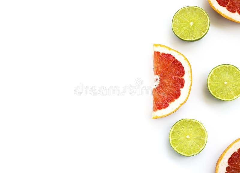 Besnoeiingskalk en grapefruit op een witte achtergrond 7 stock afbeeldingen