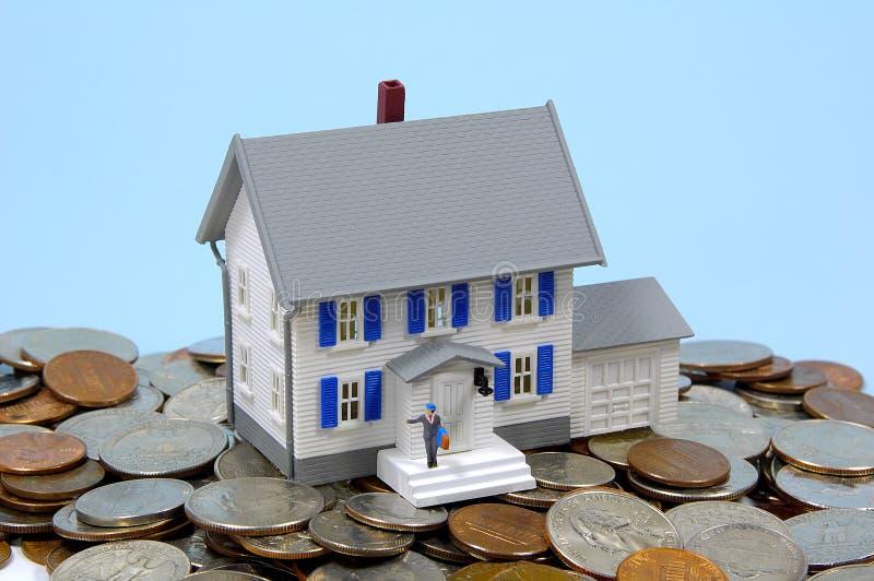 Besparingen 2 van het huis stock afbeelding