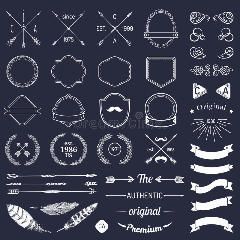 Beståndsdelar för tappninghipsterlogo med pilar, band, fjädrar, lager, förser med märke Emblemmallkonstruktör Iicon skapare stock illustrationer