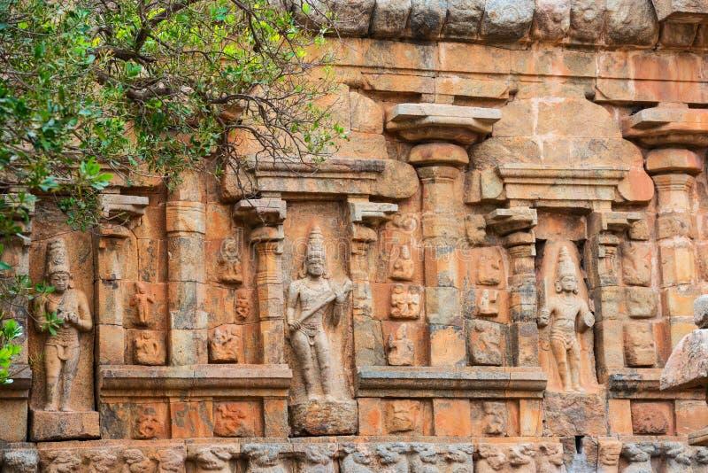 Beståndsdelarkitektur av den hinduiska templet forntida Gangaikonda Cholap arkivfoto