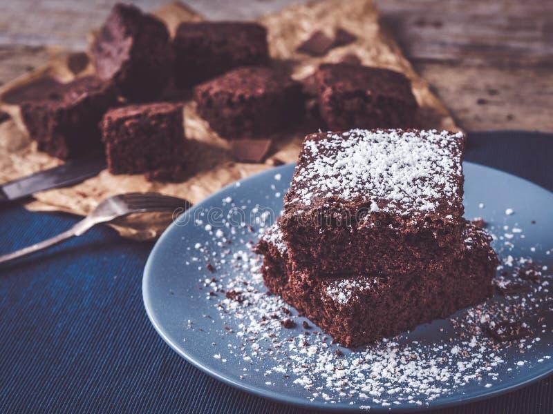 Beste ursprüngliche selbst gemachte Schokoladenkuchen überhaupt lizenzfreies stockfoto