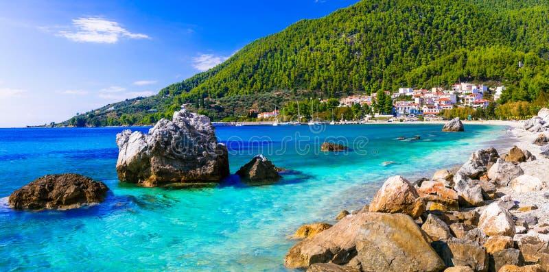 Bestes von Skopelos-Insel - malerisches Dorf Neo-Klima stockbilder