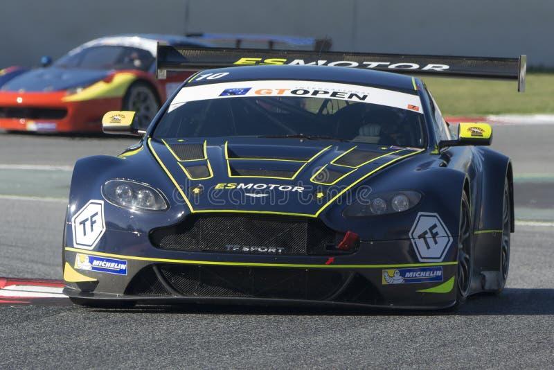 Bestuurder YOLUC Aston Martin voordeelgt3 Internationaal OPEN GT stock foto