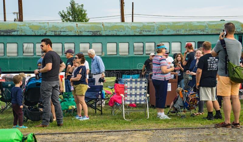 Besuche des dritten jährlichen Big-Lick-Train-Tug lizenzfreies stockbild