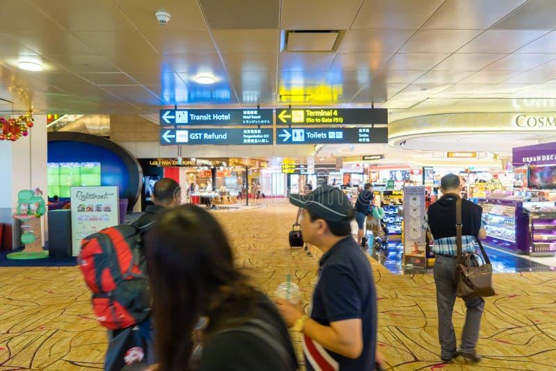Flughafen Ankünfte