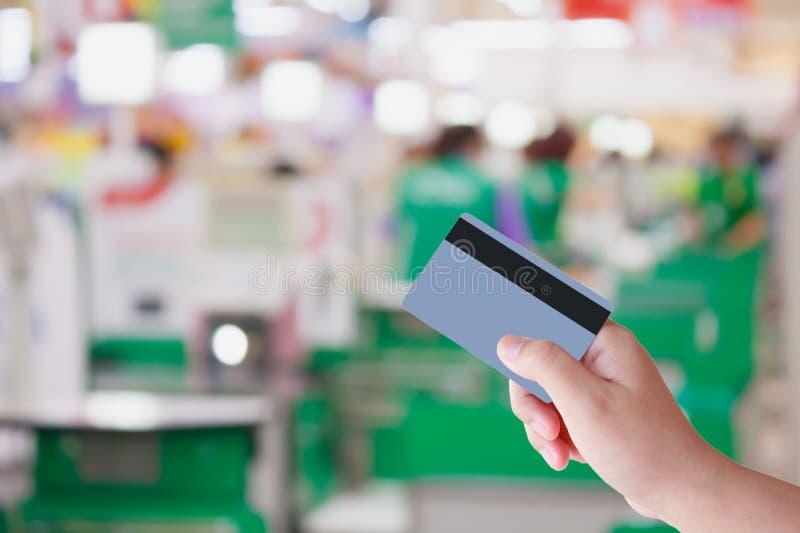 Betala kreditkort för köp royaltyfria bilder