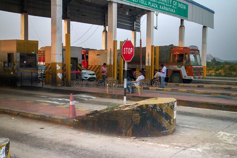 Betalda huvudvägar i Indien Slutlig biljettpris fotografering för bildbyråer