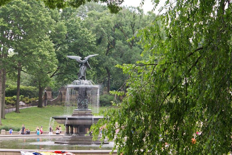 Bethesda-Brunnen New York City lizenzfreie stockbilder