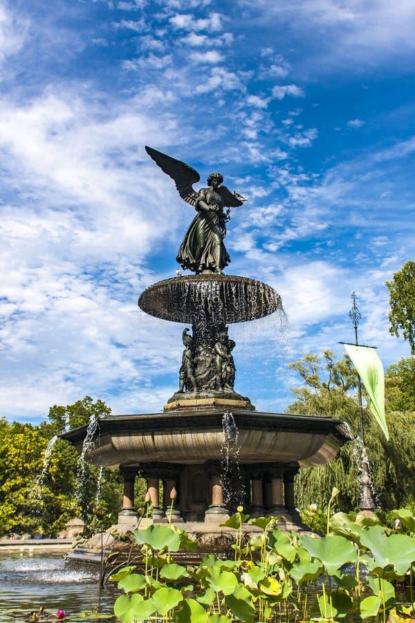 Download Bethesda Fountain Dans Le Central Park à New York Photo stock - Image du york, emplacement: 76089496