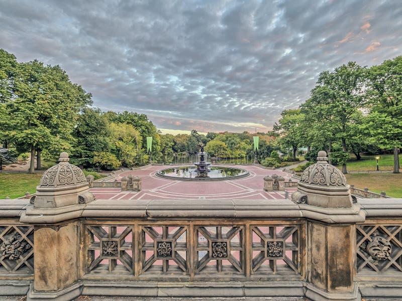Bethesda Terrace e fonte imagens de stock royalty free