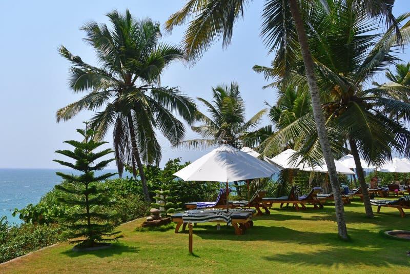 Bethsaida, Kerala, la India, marzo, 09, 2019 Restaurante en las orillas del Oc?ano ?ndico en la ermita de Bethsaida del centro tu fotos de archivo