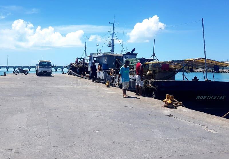 Betio hamnplats, södra Tarawa royaltyfri fotografi