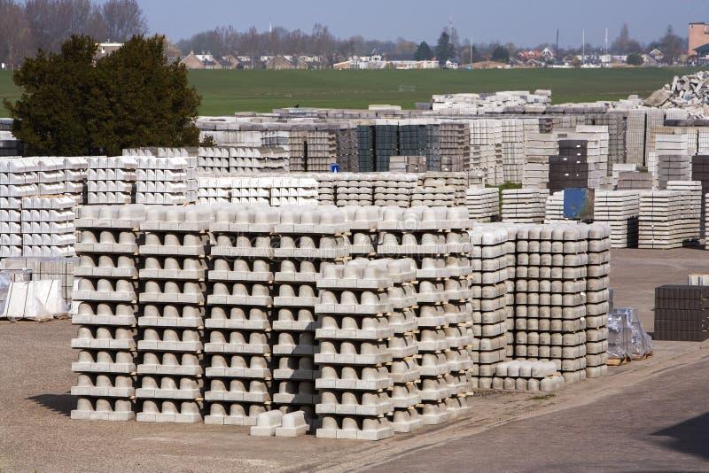 Download Betonowi Materiały Budowlani Zdjęcie Stock - Obraz złożonej z gospodarka, biznes: 53777130