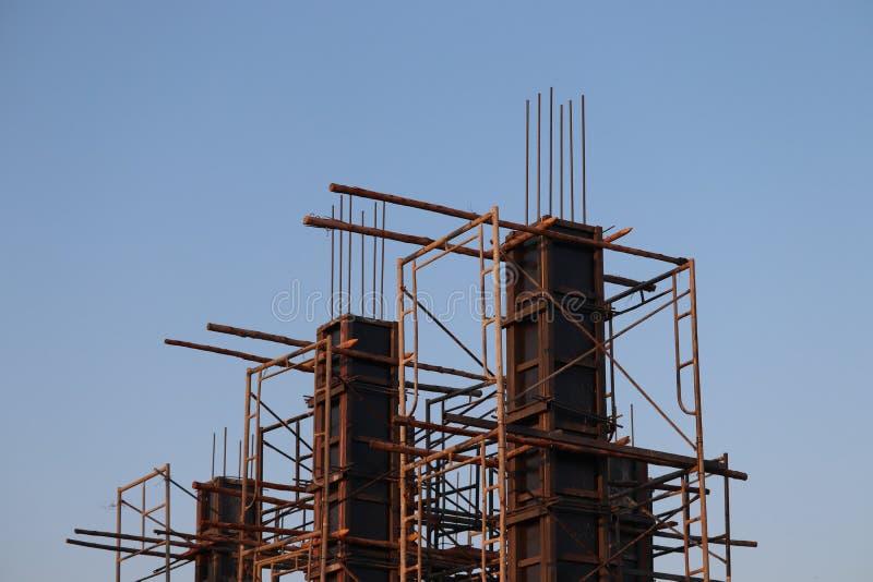 betonpijlervorm voor de bouw van woningen, versterkt model royalty-vrije stock afbeelding
