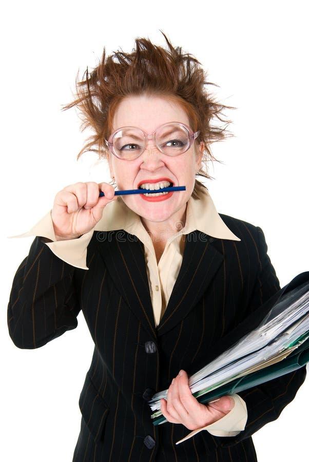 Betonte verrückte Geschäftsfrau stockfoto
