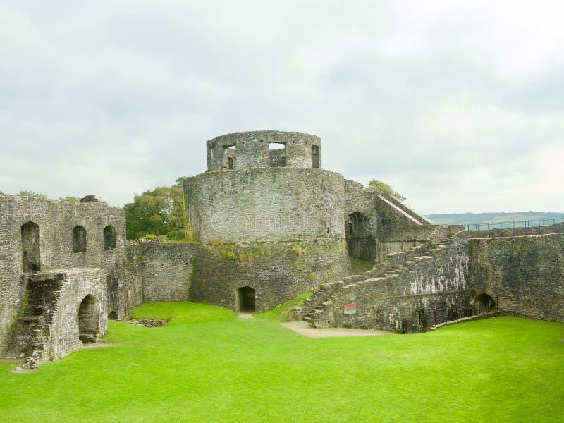 Betrachten des Schlosses lizenzfreies stockbild