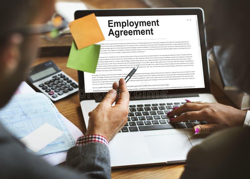 Betriebsvereinbarungs-Form-Politik-Konzept stockbild