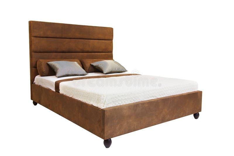 Bett getrennt auf Weiß lizenzfreie stockbilder