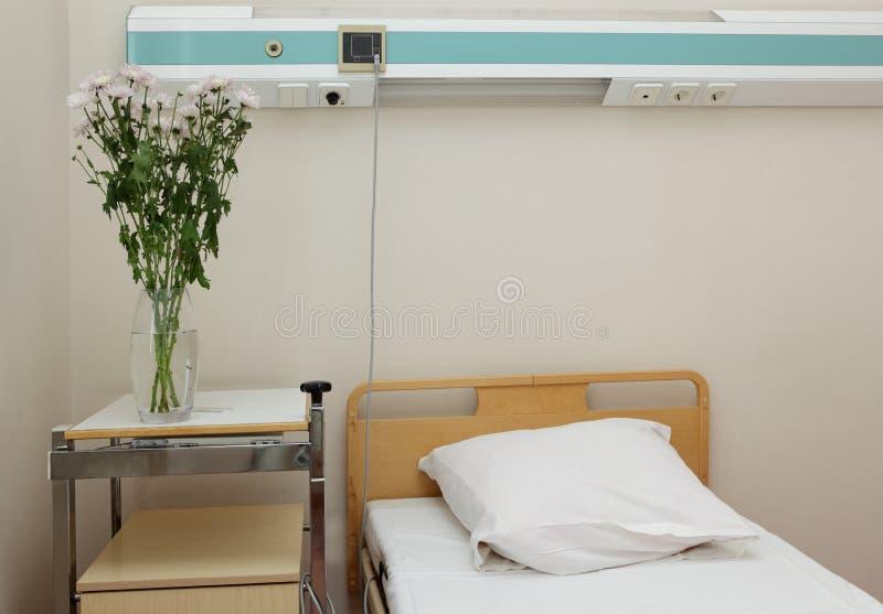 Bett im Krankenhaus stockfoto