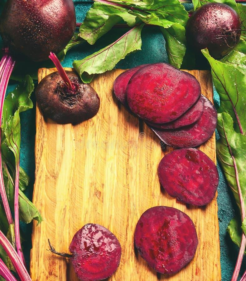 Betteraves organiques fraîches photo stock