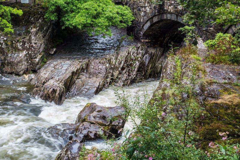 Betws-y-Coed в национальном парке Snowdonia в Уэльсе, Великобритании стоковое изображение