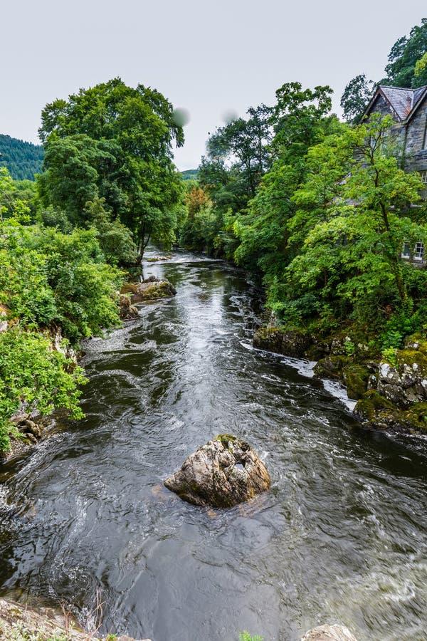 Betws-y-Coed в национальном парке Snowdonia в Уэльсе, Великобритании стоковая фотография