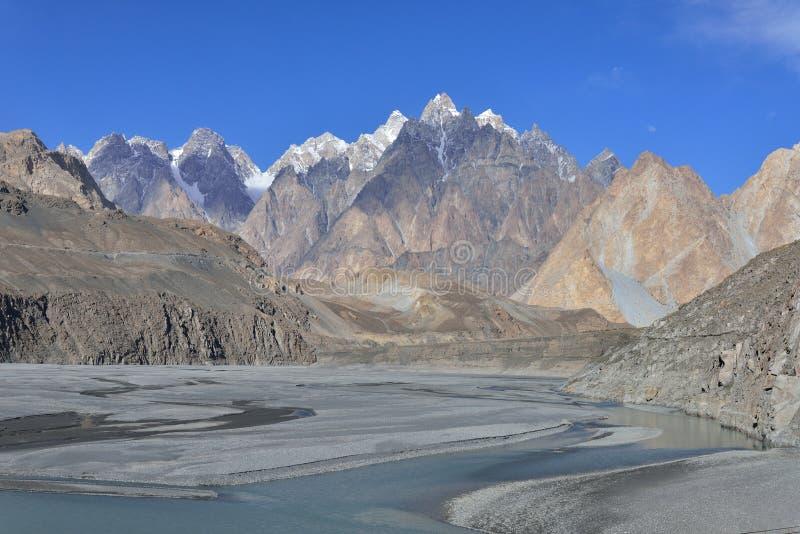 Beuatiful landskap av nordliga Pakistan Passu region royaltyfria bilder