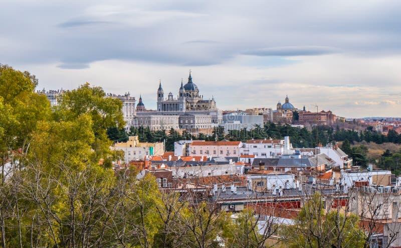 Beuatiful-Park an Debod-Tempel in Madrid stockfoto