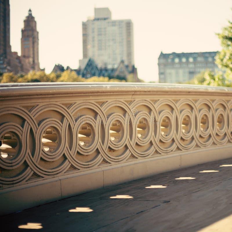 Beugen Sie Brücke stockbild