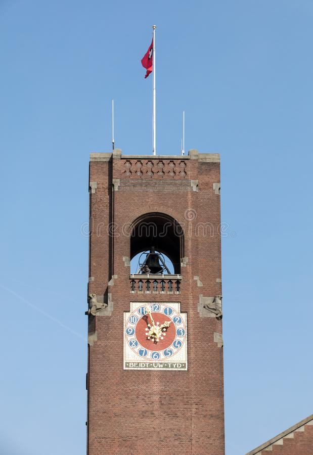 Beurs van贝尔拉赫-在达姆拉克大街的一个历史大厦的钟楼,在阿姆斯特丹的中心, 免版税库存照片