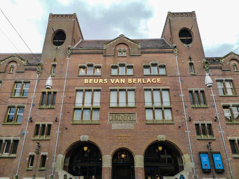 Beurs van Berlage in Amsterdam, Nederland stock foto's