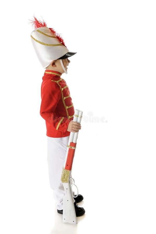 Beväpnad julsoldat royaltyfri bild
