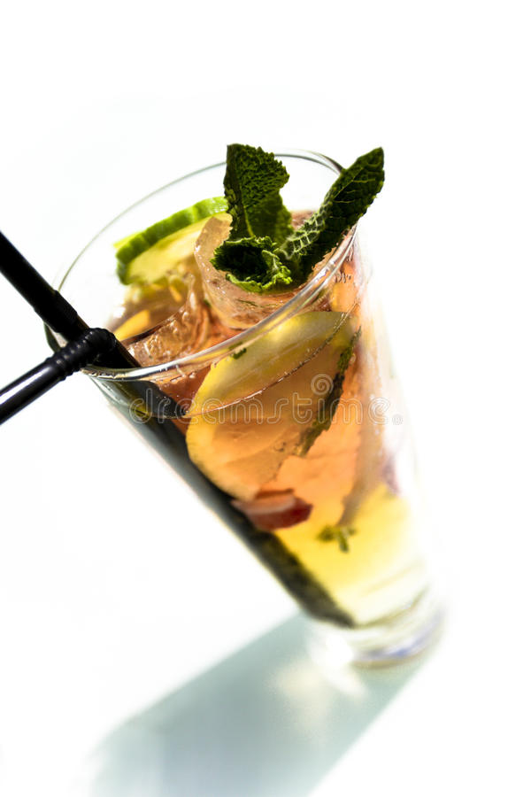 Bevanda al sole fotografie stock