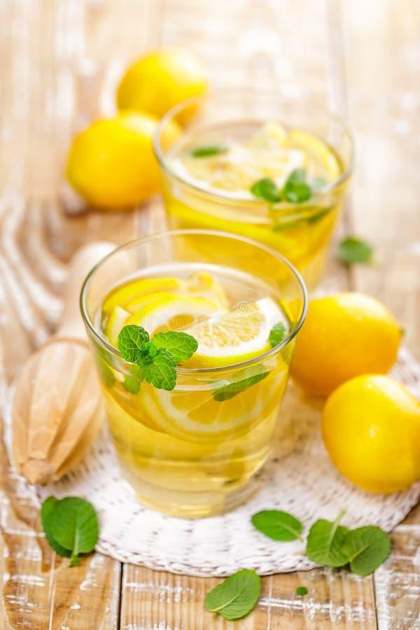 Bevanda della limonata dell'agrume di estate immagini stock