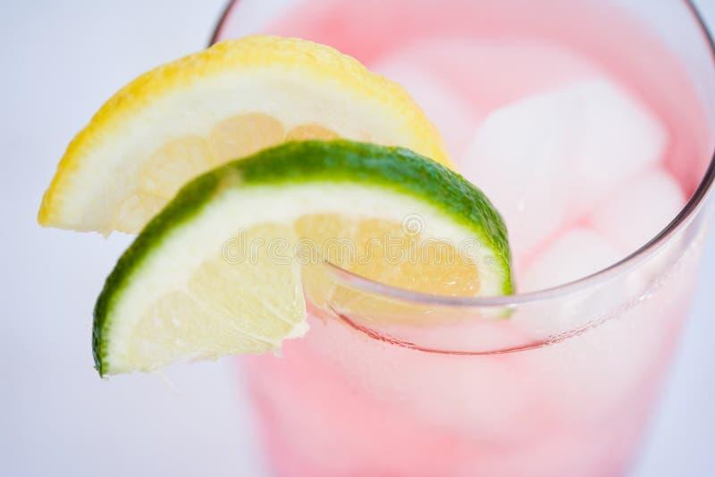 Bevanda di rinfresco di estate fotografia stock libera da diritti