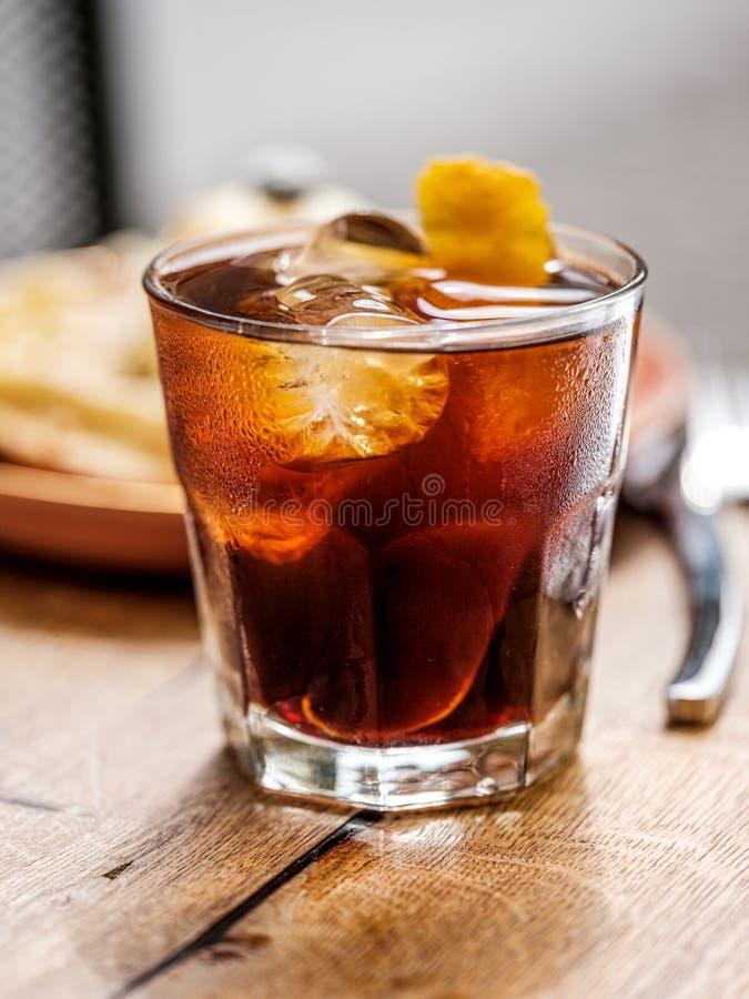 Bevanda a freddo con ghiaccio fotografia stock libera da diritti