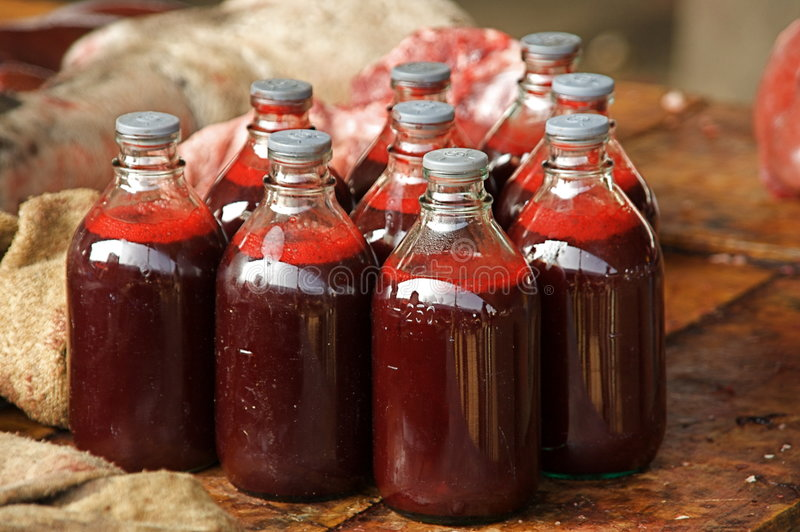 Bevanda sanguinante fotografia stock libera da diritti