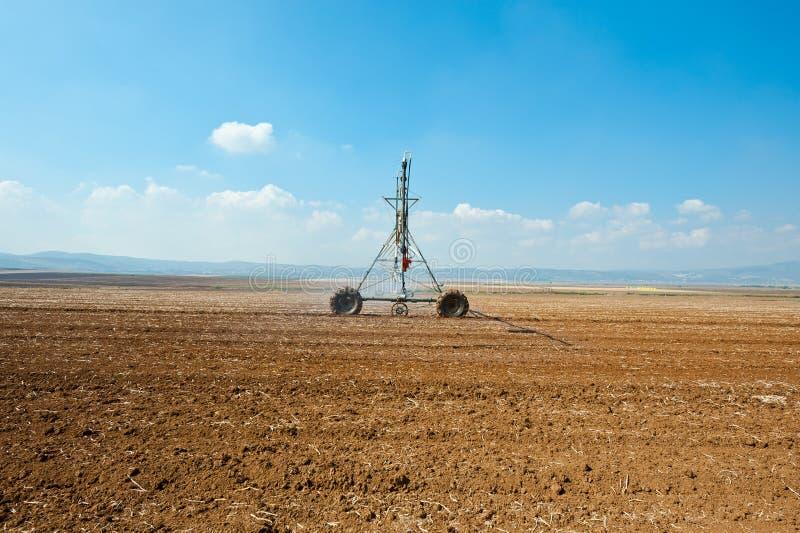 Download Bevattna arkivfoto. Bild av fält, israel, fåra, kultiverat - 27281618
