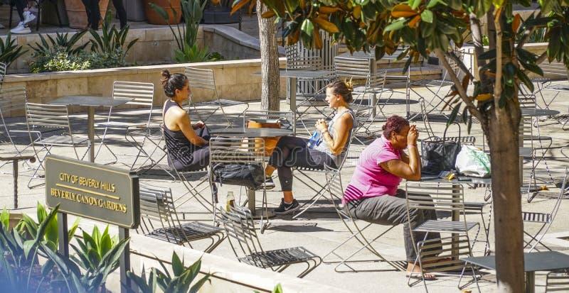 Beverly Canon Gardens i Beverly Hills - LOS ANGELES - KALIFORNIEN - APRIL 20, 2017 arkivbilder
