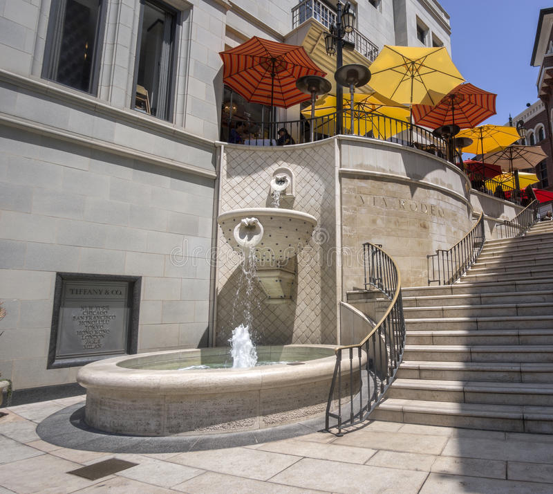 Beverly Hills, CA 2 juin : Par l'intermédiaire du rodéo sur le Dr. de rodéo photo stock
