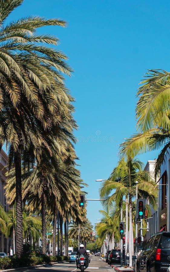 BEVERLY HILLS CA, USA - OKTOBER 4th, 2016: Rodeodrev i Beverly Hills Los Angeles California i USA arkivbild