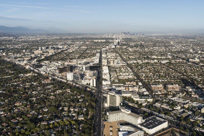 Beverly Hills California Wilshire och Santa Monica Blvds Aerial fotografering för bildbyråer