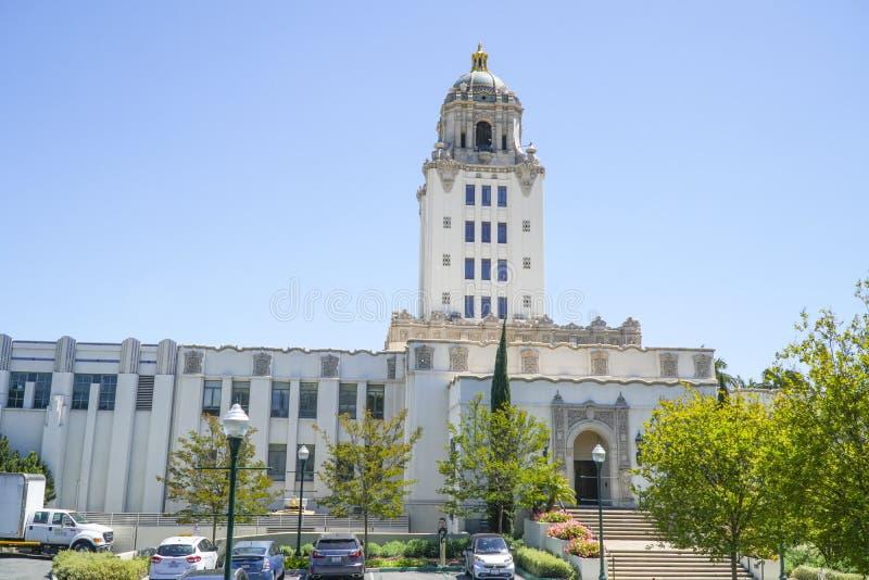 Beverly Hills City Hall - LOS ANGELES - KALIFORNIEN - APRIL 20, 2017 royaltyfri foto