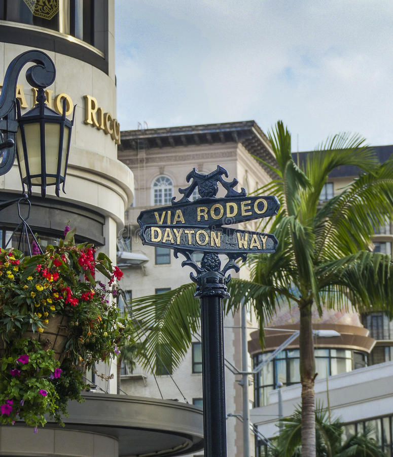 Beverly Hills Rodeo Drive Sign royaltyfri bild