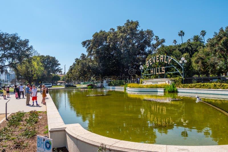 Beverly Hills tecken p? Santa Monica Blvd - KALIFORNIEN, USA - MARS 18, 2019 arkivbilder