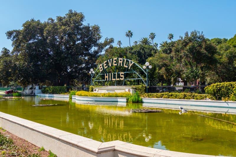 Beverly Hills tecken p? Santa Monica Blvd - KALIFORNIEN, USA - MARS 18, 2019 arkivfoton