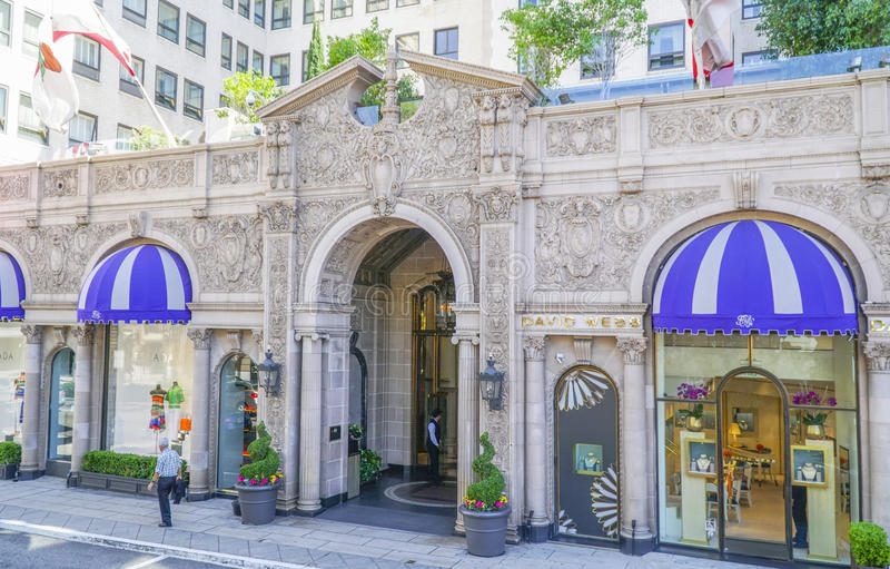 Beverly Wilshire Hotel - som är bekant från nätt kvinna - ett lyxigt hotell i Beverly Hills - LOS ANGELES - KALIFORNIEN - APRIL 2 arkivfoto