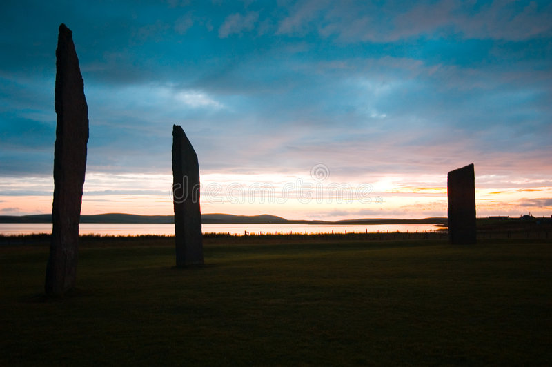 Bevindende stenen van Stennes, Orkney, Schotland stock afbeeldingen