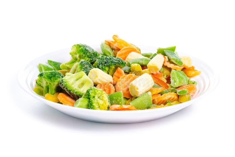 Bevroren groenten op plaat royalty-vrije stock afbeeldingen